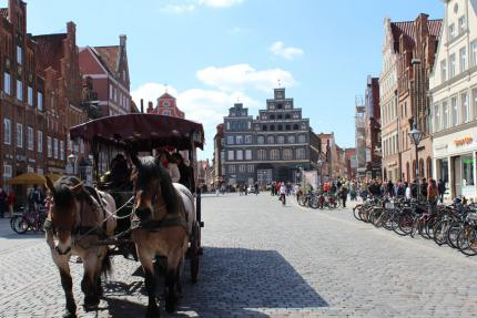 Kutschfahrt in Lüneburg ''Am Sande'' - © Lüneburg Marketing GmbH